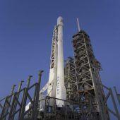 SpaceX startet mit Recyclingrakete ins All