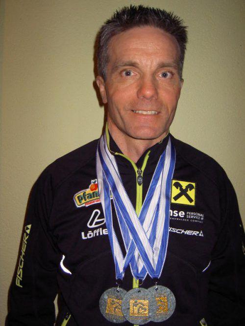Christian Baldauf mit seinen drei WM-Goldmedaillen. Foto: verein