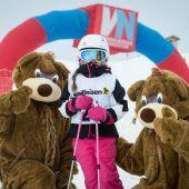 Viel Spaß im Schnee für Kinder und ihre Familien