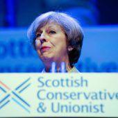 May kritisiert Schottlands Regierung