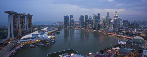Die Skyline von Singapur ist nicht günstig anzusehen. Foto: Reuters