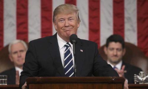 Die US-Regierung unterstütze die Nato entschieden, erklärte Trump in seiner mit Spannung erwarteten Rede.  Foto: reuters