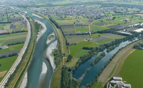 Kampf dem Bodenverbrauch. Benedikt Bolter hofft auf Alternativen zu Rhesi.Rhesi