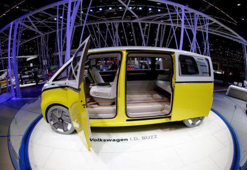 Emotionalere Modelle: VW zeigt in Genf die Studie I.D. Buzz, die einen Ausblick auf einen neuen Bully gibt.