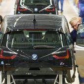 Deutlich mehr Elektroautos abgesetzt