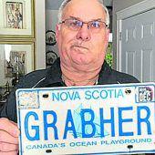 Grabher-Verbot für Autoschilder