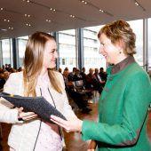 Diplomfeier für Absolventen der Pflegeschule