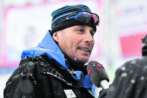 Herren-Renndirektor Markus Waldner zeigt sich mit dem neuen Riesentorlauf-Ski zufrieden. Foto: gepa