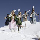Dirndl-Skitag lockt nach Lech am Arlberg