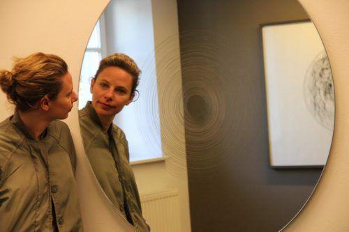 Im zirkularen Sog von Bedeutungen lassen sich auch die Kreisstudien von Sofia Goscinski lesen. Foto: AG