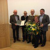 Ehrennadel für Luis Caldonazzi