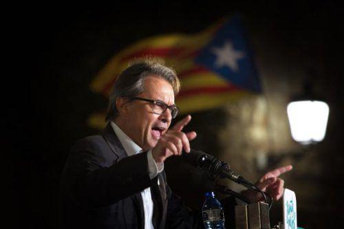 Mas ließ trotz Verbot in einem Referendum abstimmen. Foto: AP