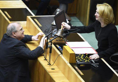 Nationalratspräsidentin Doris Bures (SPÖ) mit Justizminister Wolfgang Brandstetter (ÖVP). Er wartet auf eine Mietrechtsreform. APA