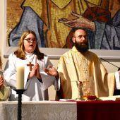 Messen mit Neupriester
