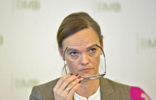 Opposition drängt Hammerschmid zu Zugeständnissen. APA