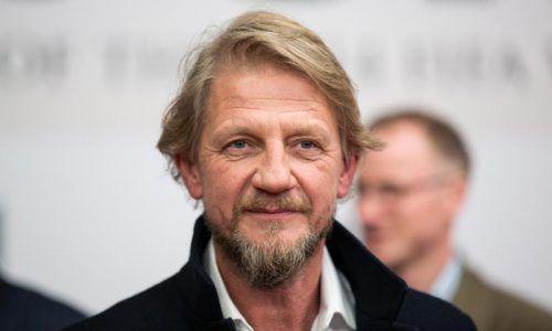 Regisseur Sönke Wortmann schaut sich auch privat gern Serien an. Rts