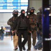 Axt-Angriff fordert in Düsseldorf Verletzte