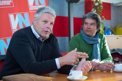 Strini (links) und Bahl sehen optimistisch in die Zukunft der Integration. Foto: VN/Hofmeister