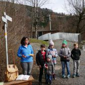 Stunde des Kreuzes bei Familienkapelle