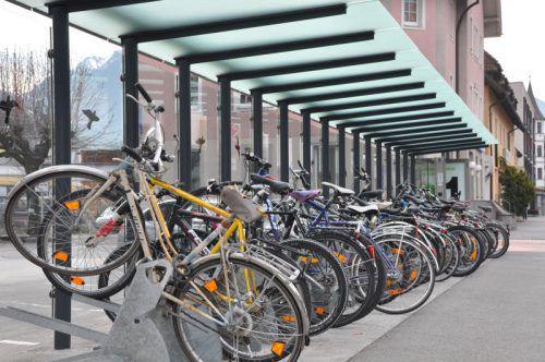 Alte Fahrräder werden in den nächsten Tagen und Wochen in Bludenz aus dem Verkehr gezogen. Foto: Stadt