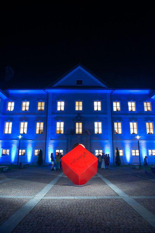 An diesem Wochenende lockt die Ausstellung UNIKAT B wieder ins Schloss Gayenhofen nach Bludenz. Foto: Stadtmarketing Bludenz