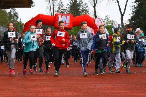 Auch in diesem Jahr sind rund 700 Schülerinnen und Schüler beim Lauf gegen Armut am Start. Foto: VN/Hofmeister