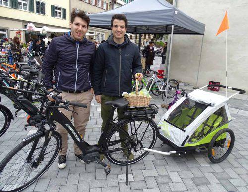 Den Kauf eines Fahrradanhängers zum Kindertransport fördert die Stadt mit bis zu 50 Prozent.  Foto: the