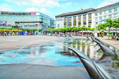 Der Königsplatz teilt administrativ die Untere Königsstraße und die Obere Königsstraße. Foto: Shutterstock