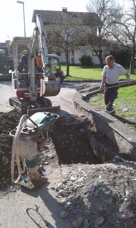 Röthis investiert in Wasserleitungs- und Straßensanierung. GemR