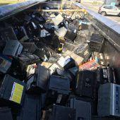 Lastwagen mit Leck verlor Säuretropfen