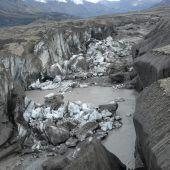 Schmelzender Gletscher hat Fluss umgeleitet
