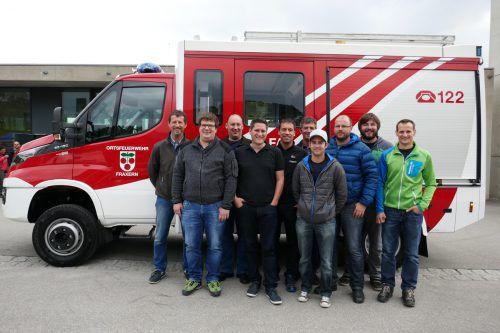 Die Verantwortlichen der Ortsfeuerwehr Fraxern mit Kommandant Bernd Nachbaur und Bürgermeister Steve Mayr. Foto: san