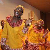 Lieder, Rhythmen, Tänze im Löwensaal