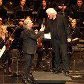 Ein Pianist und ein Dirigent im Heimspiel unter Freunden