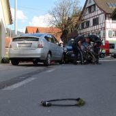 Radfahrerin bei Kollision schwer verletzt