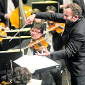 Stardirigent Kirill Petrenko begeisterte mit seinem Vorarlberger Orchester