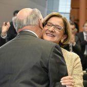 Mikl-Leitner zur Landeshauptfrau gewählt