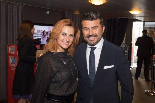Gästepaar: Dressman Mike Galeli mit Renate.