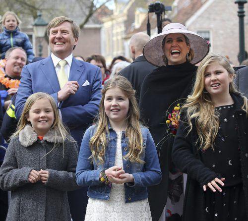 "König Willem-Alexander besucht am heutigen ""Koningsdag"" mit seiner Familie die Stadt Tilburg. Foto: AP"
