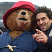 Elyas MBarek wird zum Bären