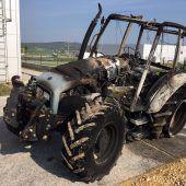 Bankomat mit Hilfe  eines Traktors geklaut