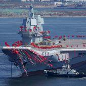 China präsentiert ersten  eigenen Flugzeugträger