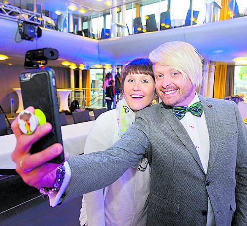 Nina (33) aus Dornbirn knipste mit dem Star fleißig Selfies.