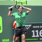 Roger Federer spielt Exhibition