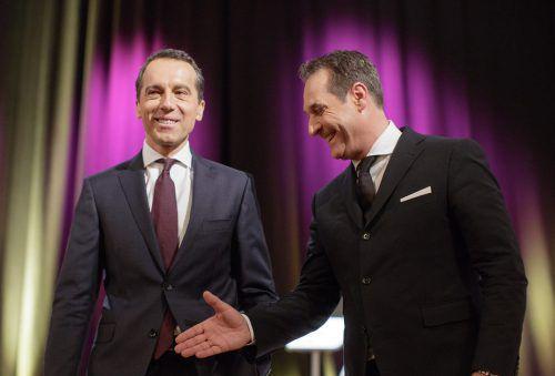 SPÖ-Chef Kern (l.) mit FPÖ-Obmann Strache: Der Kriterienkatalog zu künftigen Koalitionen der Sozialdemokraten soll bald fixiert sein. APA