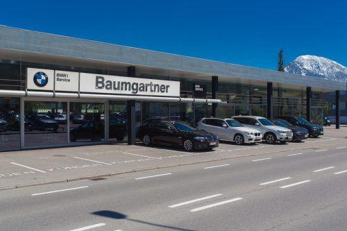 Traditionsautohaus Baumgartner unter neuer Flagge.  Foto: VN/HB