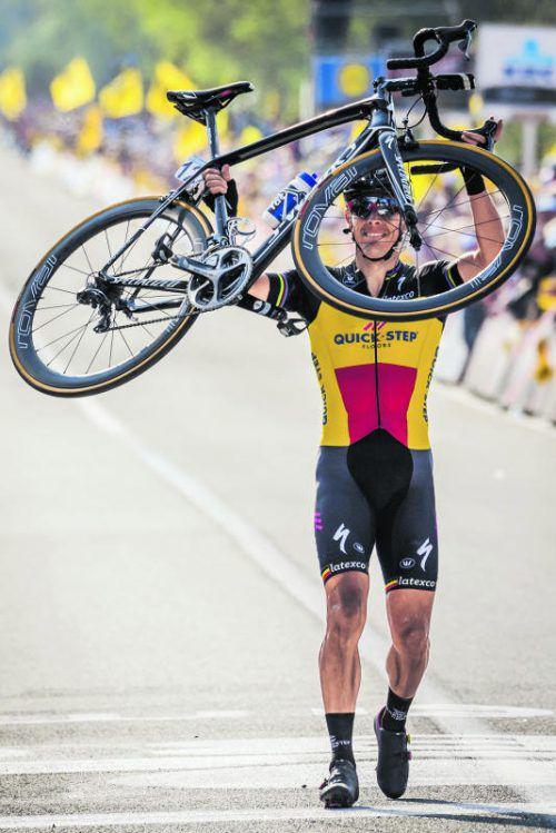 Viel Zeit im Ziel für Sieger Philippe Gilbert.  Foto: ap