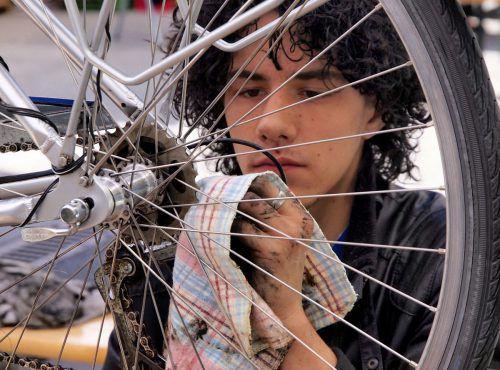Zum abwechslungsreichen Programm am Samstag gehört auch ein Fahrradputzservice.