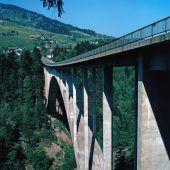 Brücke mit Besonderheiten