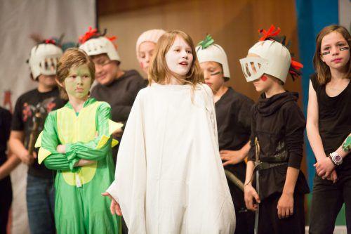 Acht Theatergruppen aus dem ganzen Land stehen beim Schultheaterfestival in Höchst auf der Bühne. Foto: VN/STeurer